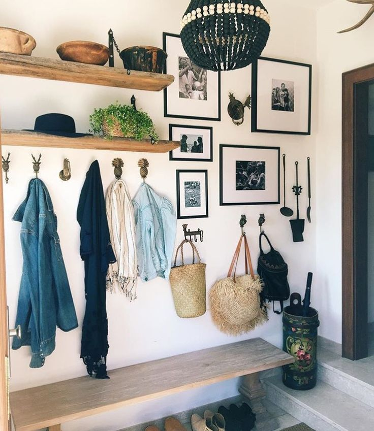 Love all the different hooks #decorationentrance