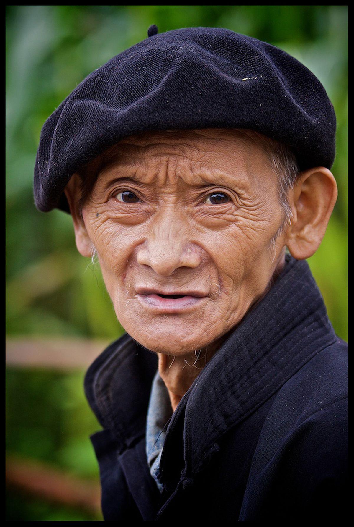 Alpinopetje (gemaakt in Noord Vietnam)