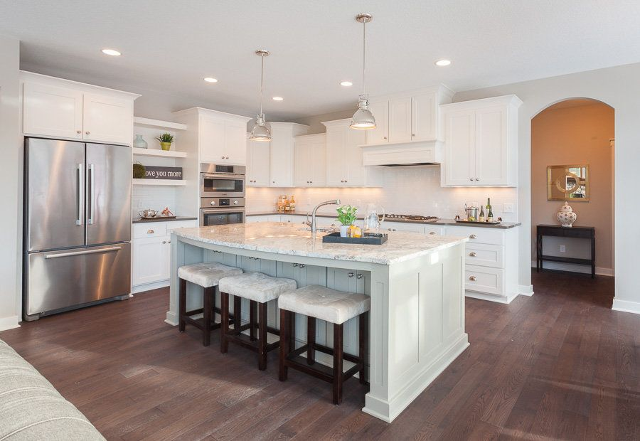 Best Wire Brushed Oak Floor Kitchen Parade Of Homes White 400 x 300