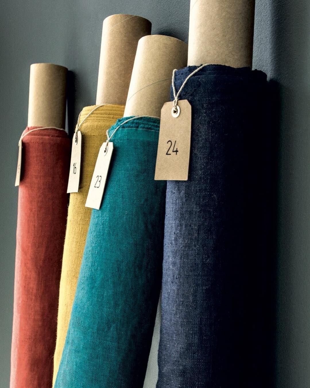 Harmony Textile On Instagram Zoom Sur Nos Rouleaux De Tissus Propriano Createurdinterieurs Harmonytextil En 2020 Tablier Japonais Coudre Des Tabliers Tablier