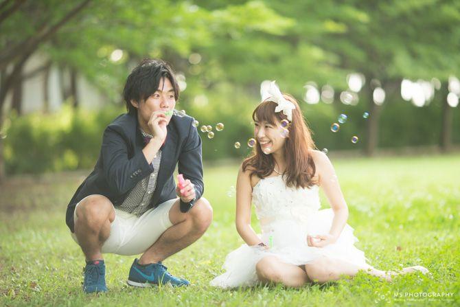 【大阪 結婚式 前撮り】自然なポーズで二人で過ごす和やか