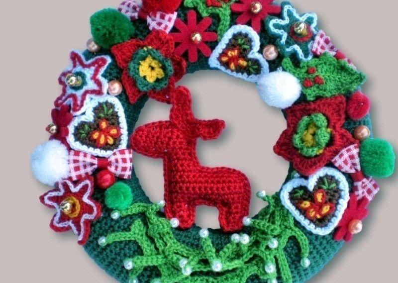 Weihnachtskranz | Amigurmi | Pinterest | Weihnachtskranz, Basteln ...