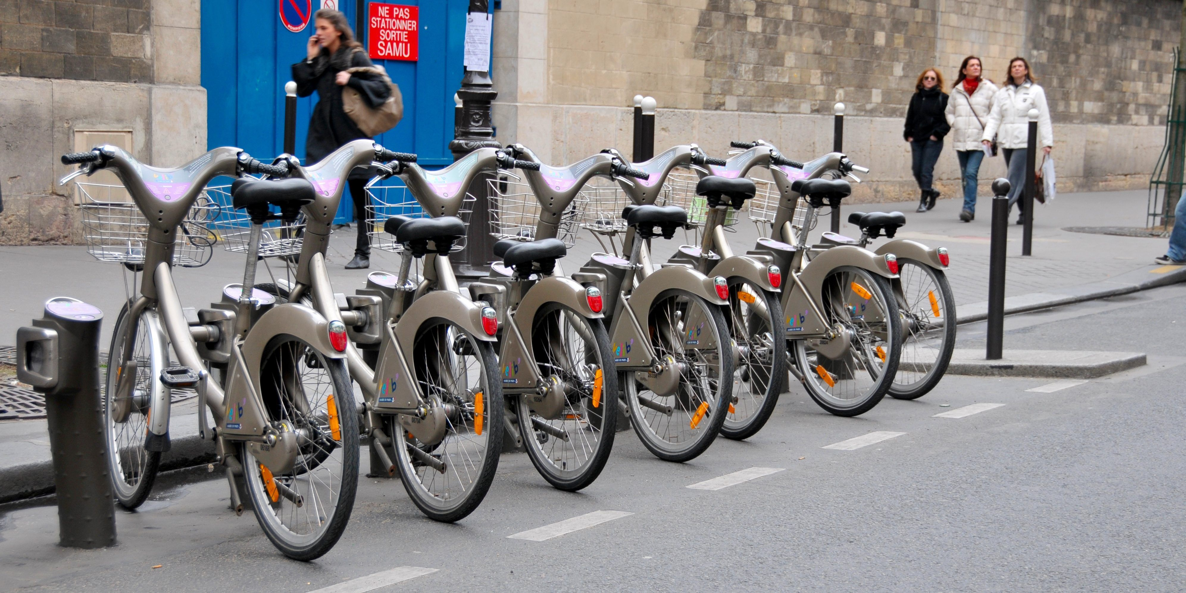 Veligo Set To Rollout In Paris As World S Largest Electric Bicycle