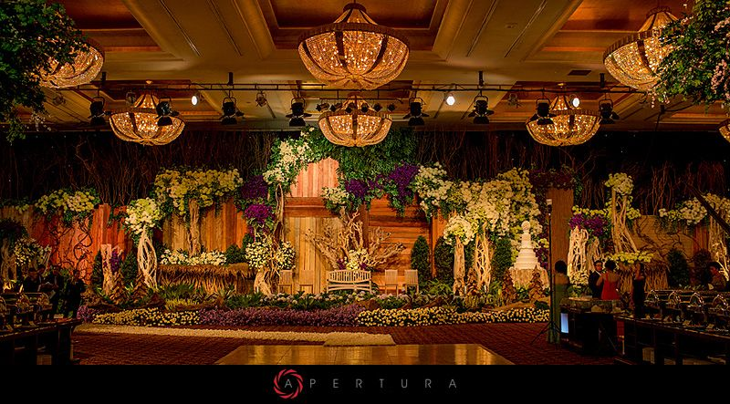 Wedding details hotel mulia jakarta indonesia wedding shot by wedding details hotel mulia jakarta indonesia wedding shot by erwin darmali of apertura junglespirit Gallery