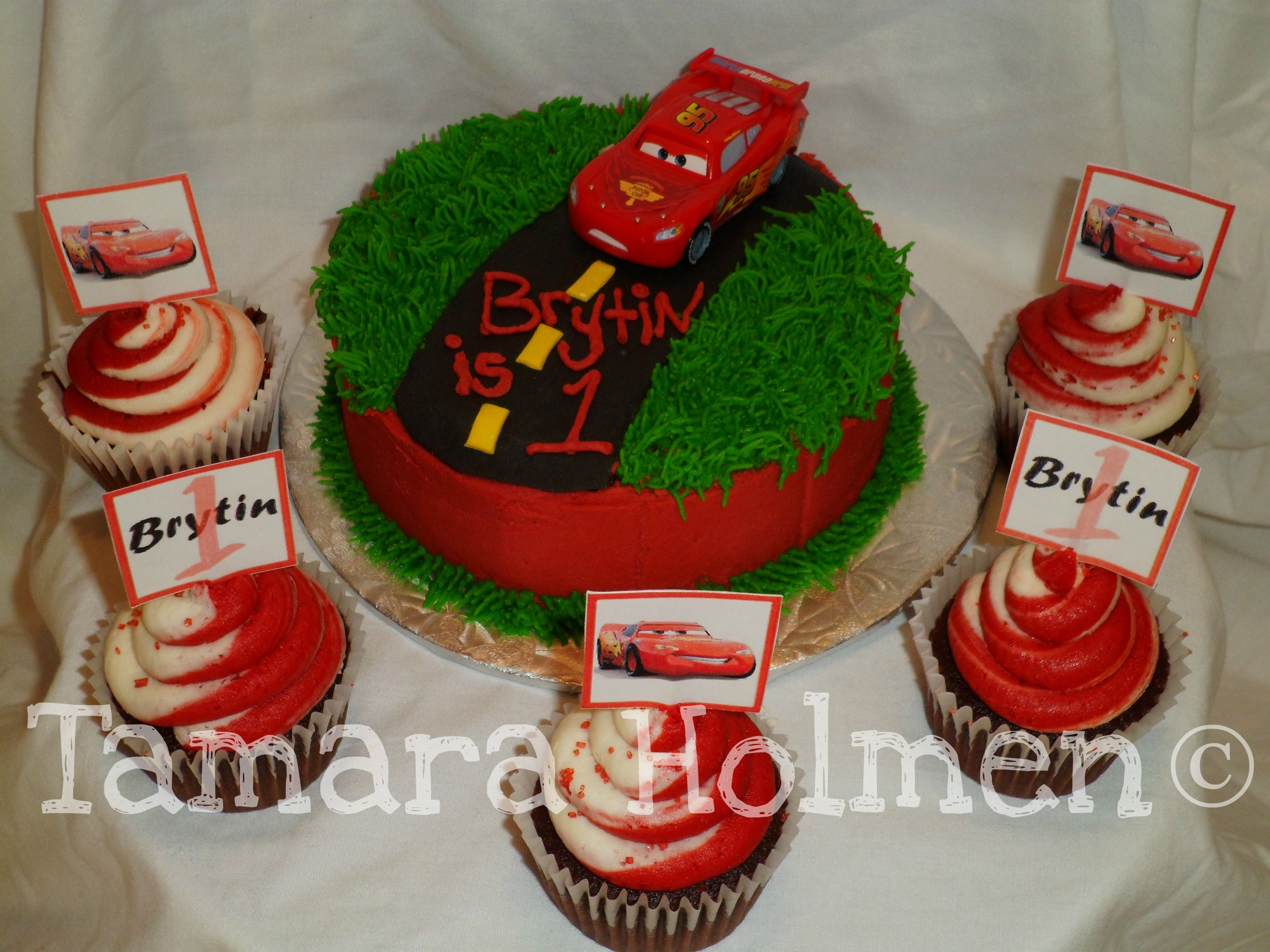 Cars Cupcakes and Smash Cake