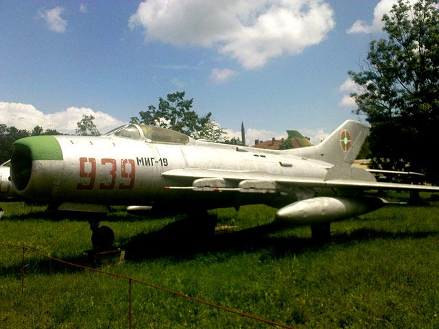 Old Mig 19 also known as Farmer.