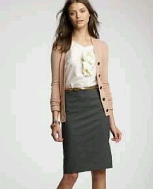 dac1c01a7e Business casual pencil skirt | My Style | Fashion, Grey pencil skirt ...