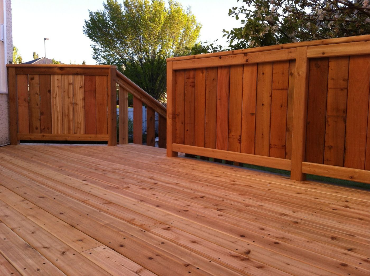 cedar deck with fenced railing pictures of decks fencing and tub