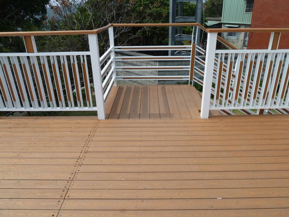 Interlocking timber decking tiles gold coast compression molding interlocking timber decking tiles gold coast compression molding for wood plastics composites boards dailygadgetfo Images