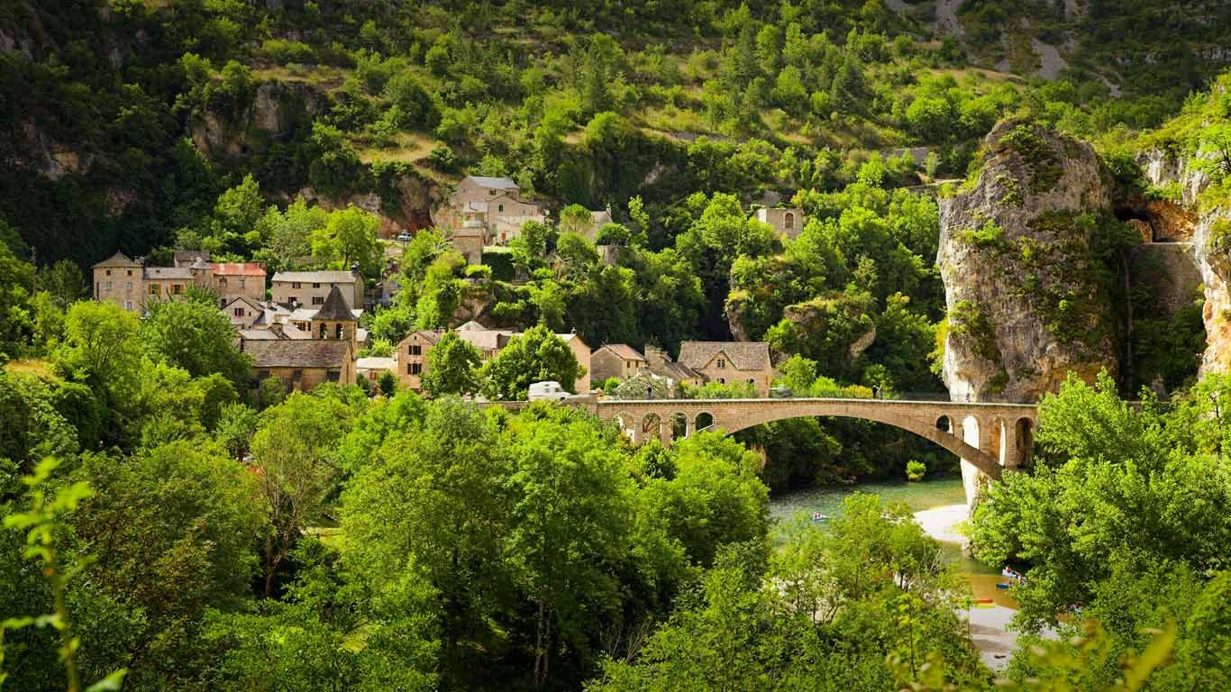 Gorges Of Tarn In Cevennes National Park Languedoc Roussillon France C Jan Wlodarczyk Alamy Languedoc Languedoc France National Parks
