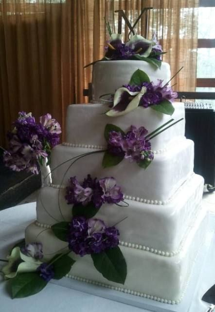 Square purple elegant wedding cake