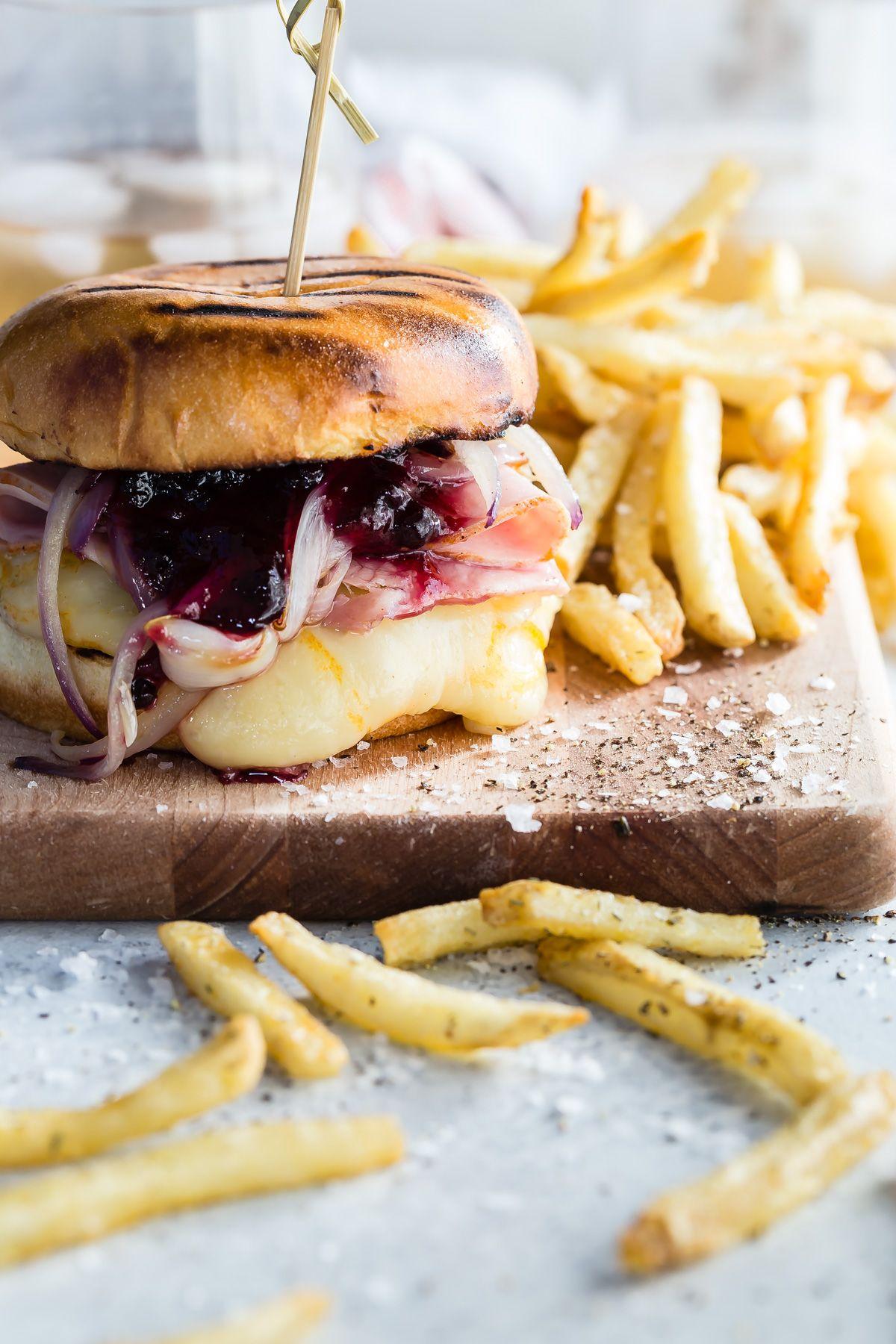 Monte Cristo Burger with Arla Muenster Sliced Cheese