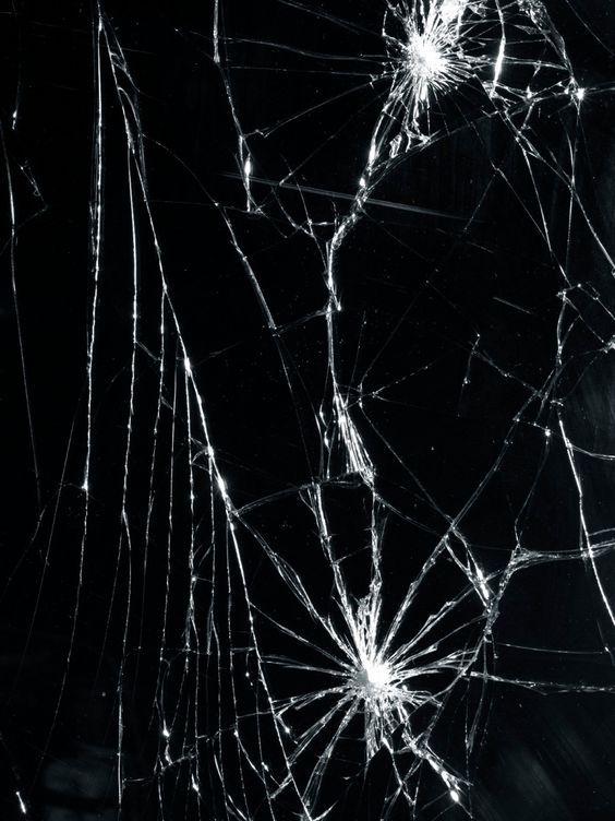 синтепон картинка разбитое черное стекло грозит лишение свободы
