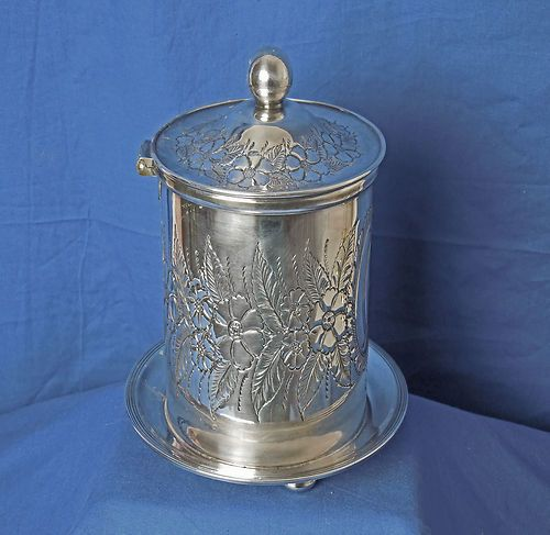 Mouse over image to zoom                                                                                                                                                                                                                                                                                       Have one to sell? Sell it yourself         SHEFFIELD PLATED CHELTENHAM REPOUSSE BISCUIT KEEPER / BARREL  175.00