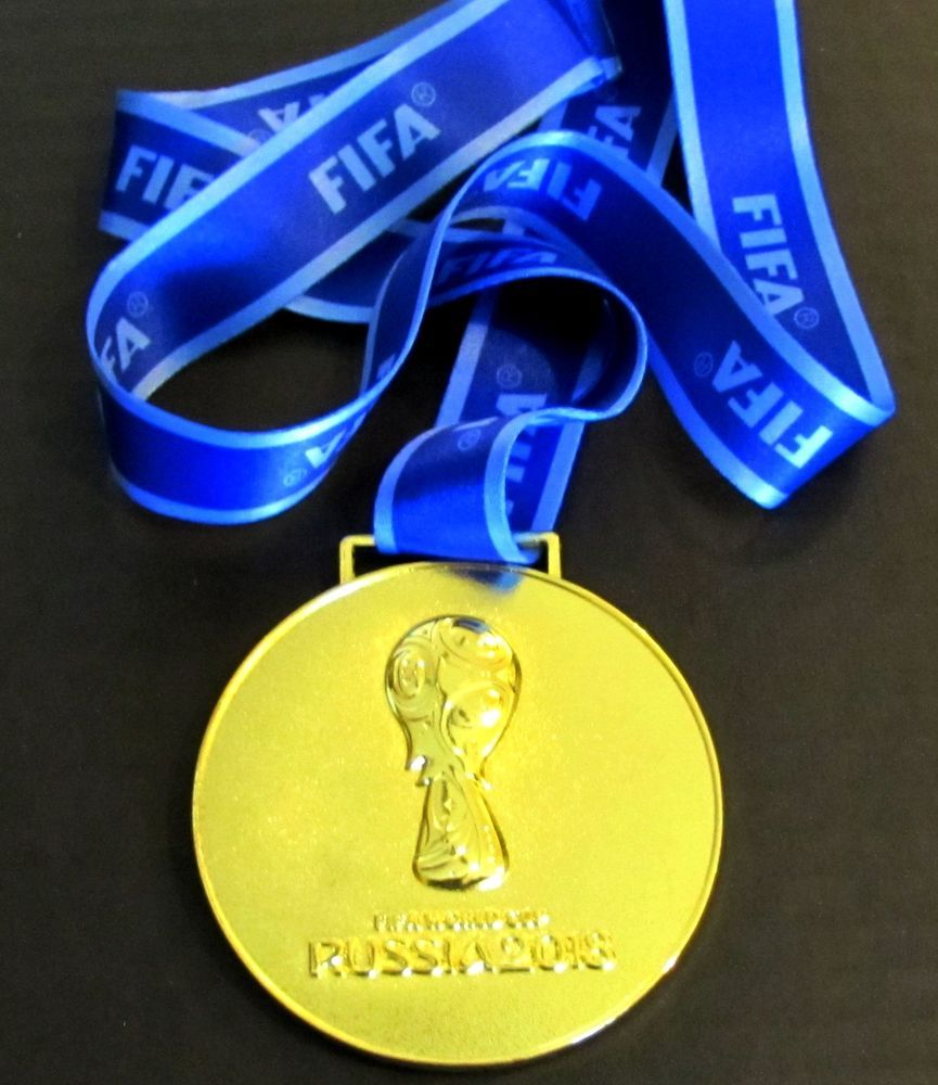 2018 Russia Fifa World Cup Gold Medal With Silk Ribbon And Storage Pouch Russia Medallas Rusia Mundial De Futbol