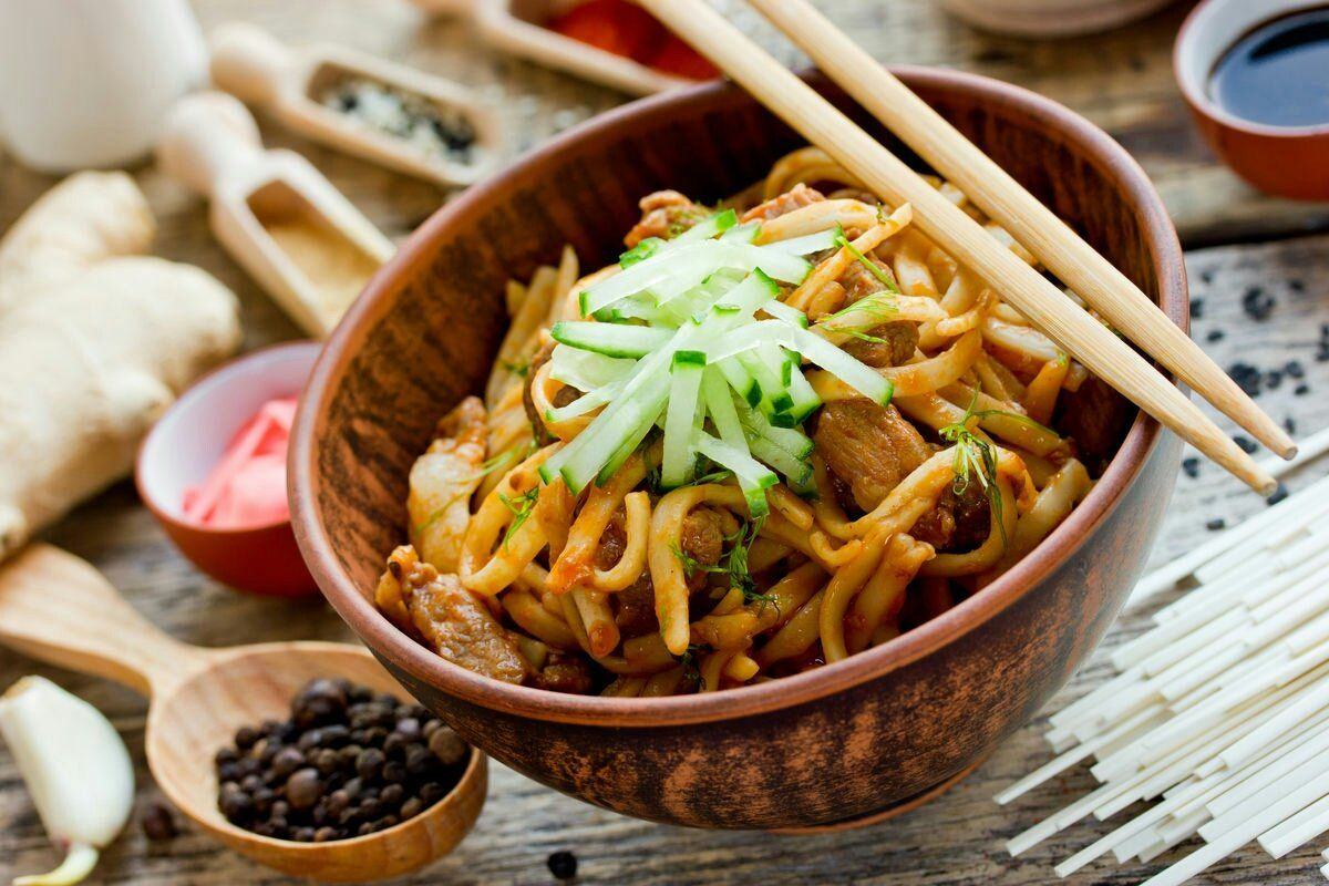 Chinese Noodle Dish Called Meng Mian 焖面 From Middle And Northern China Via Tw By 赠之以芍药 Asd1171587709 Chinesefood F Real Chinese Food Food Chinese Dishes