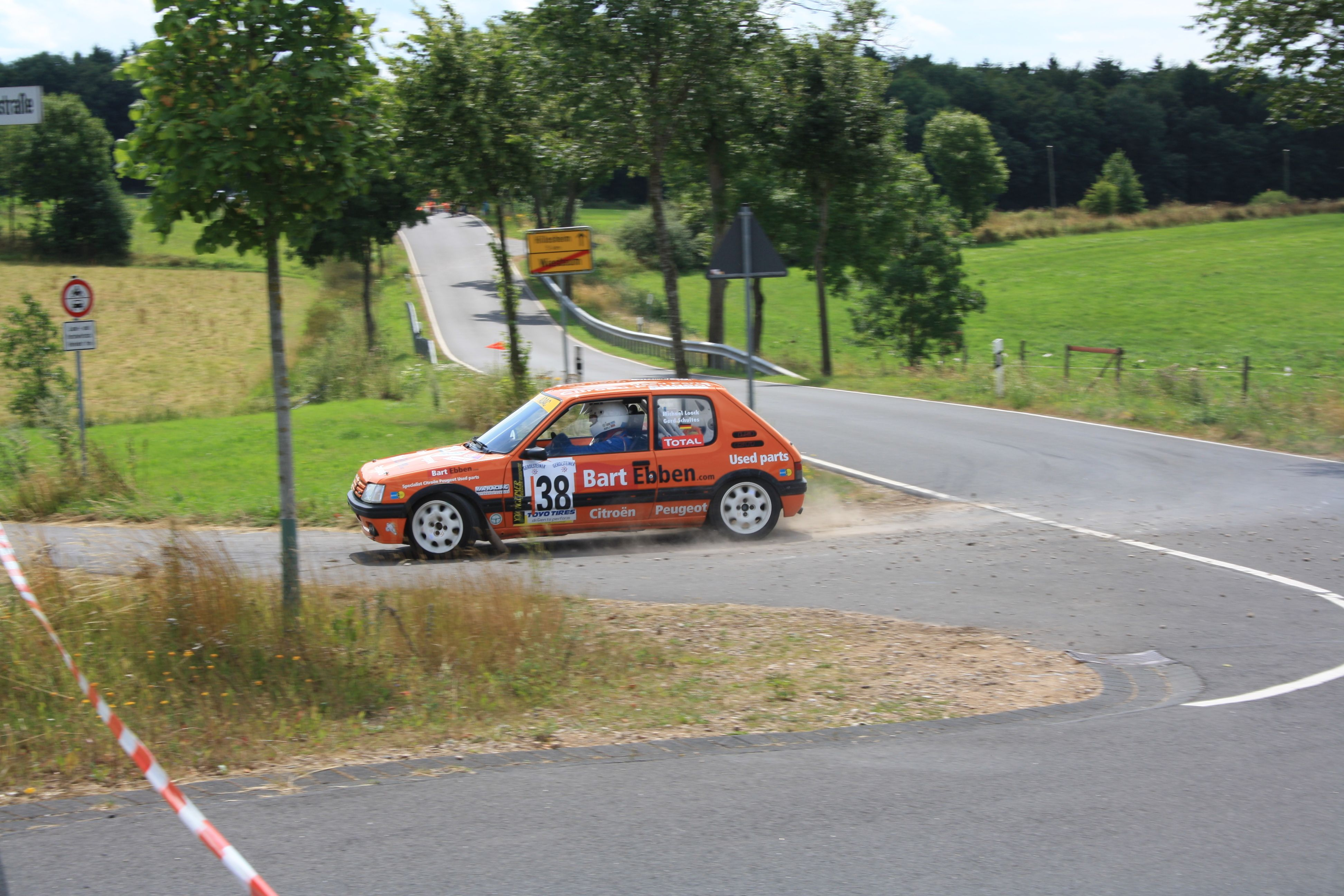 Michael Loock driving the Peugeot 205 GTI Rally very fast in the german ADAC Youngtimer Trophy. http://bartebben.com/blog/rally-news/7.html    Michael Loock sehr schnell mit die Peugeot 205 GTI Rallye im ADAC Youngtimer Trophy Rallye Oberehe 03.08.2013. http://bartebben.de/blog/rallye-news/7.html    Bild: Wolfgang Altringer