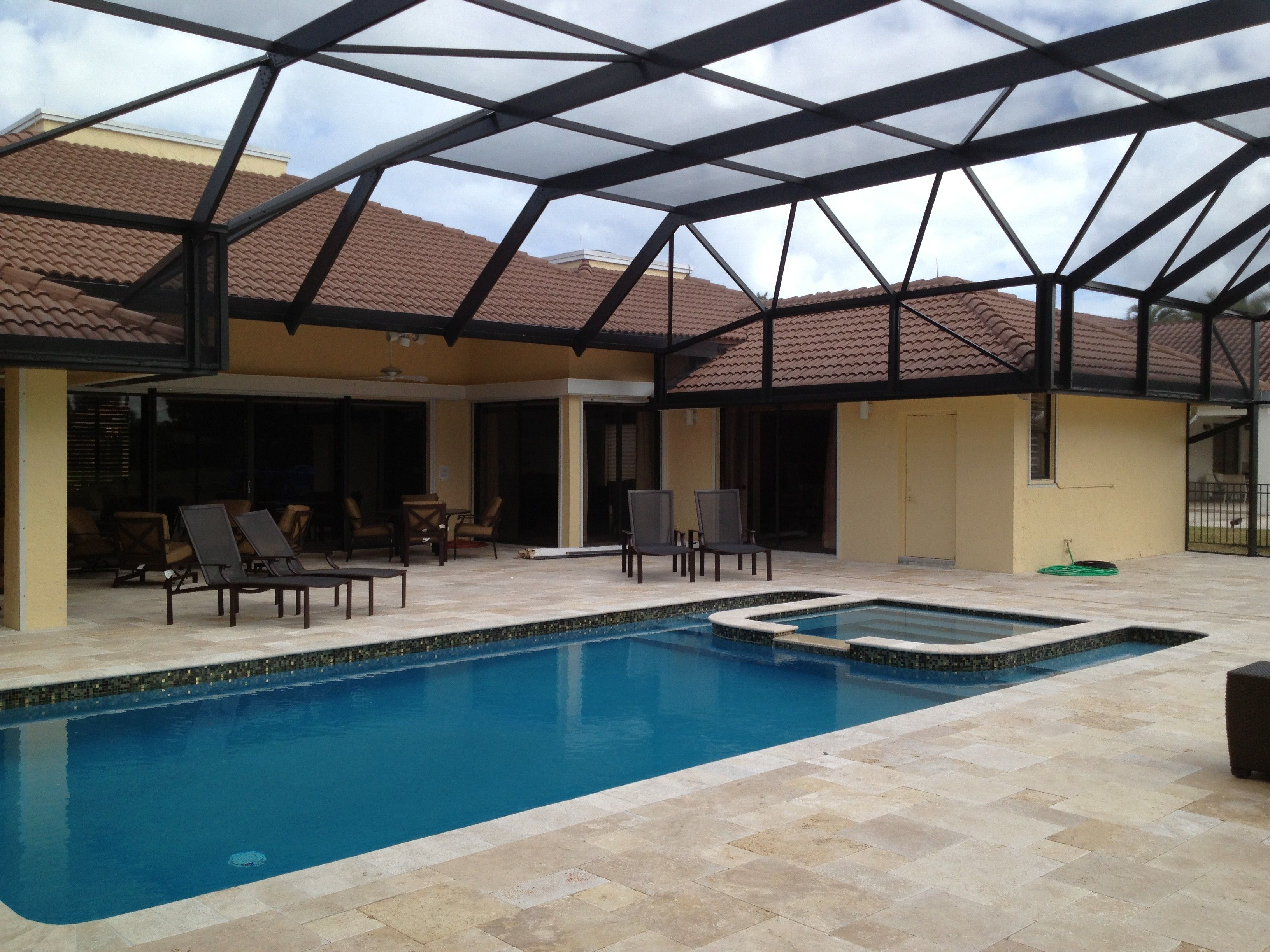 A Patio Enclosure Is Generally Ordered To Offer A Pleasant View Of The  Courtyard. Glass Panels Are Finest Used To Have A More Expansive Picture Of  The Back ...
