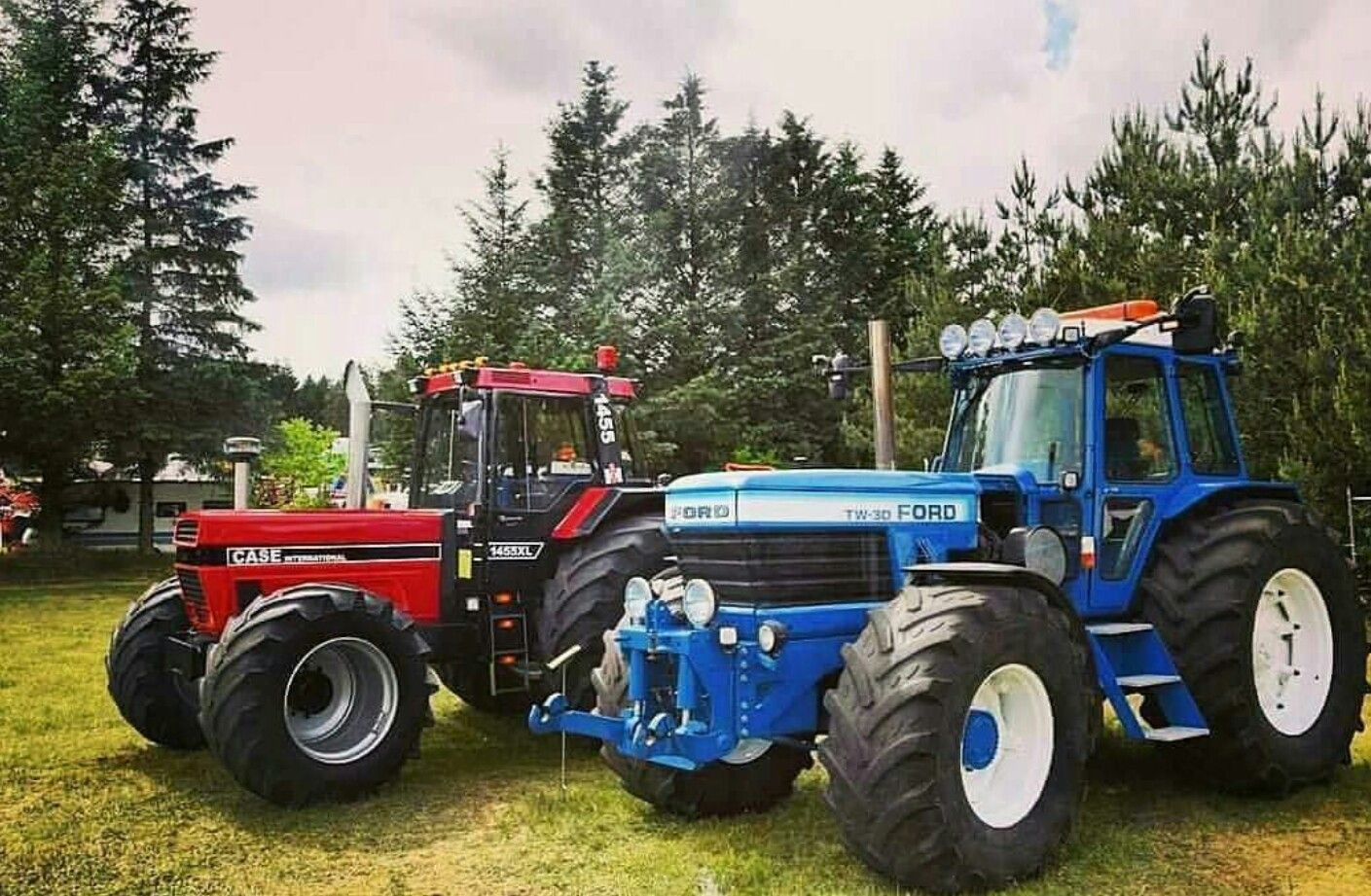 Ford Tw 30 And Case International 1455xl Tractors Ford Tractors Case Tractors