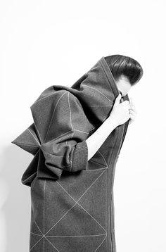 lisa shahno. #geometric #minimalistic #fashionforward geometry, geometric, structure, shapes, fashion, designer, inspiration, fashion design