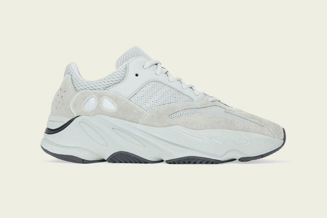 Yeezy Boost 700 Salt Kanye West Adidas Leather Shoes Woman Sneakers