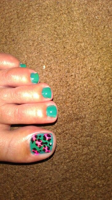 Inspired leopard print toes