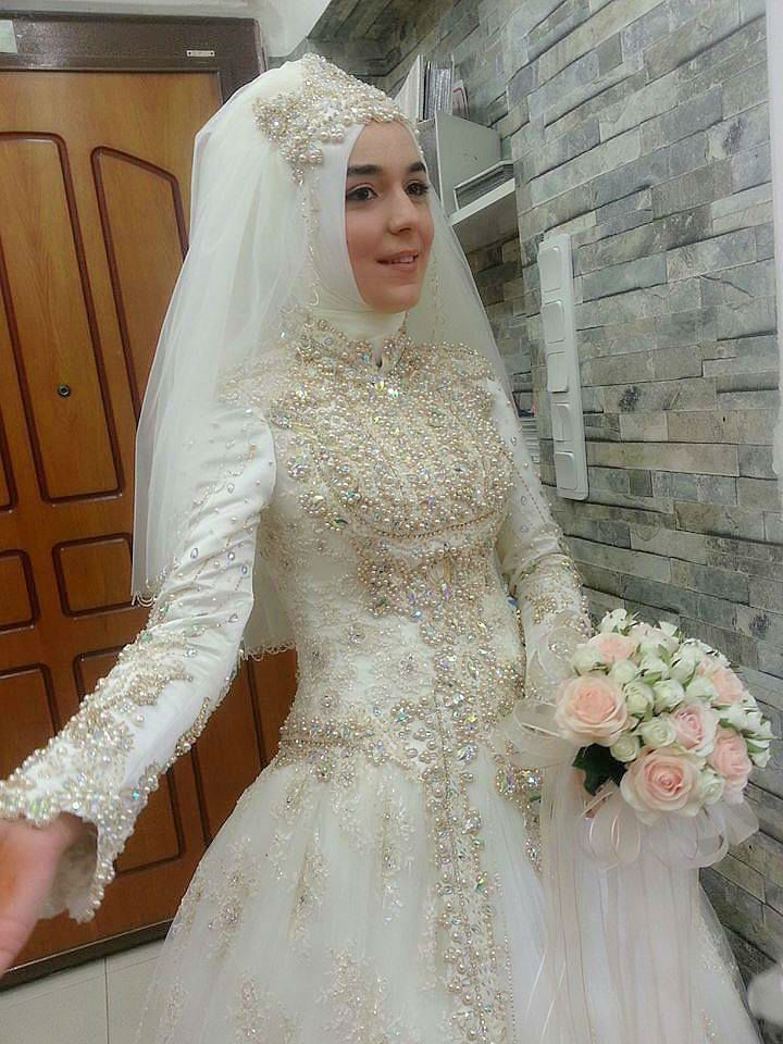 Wedding Muslim Pinned By Wedding Accessories And Gifts Specialists
