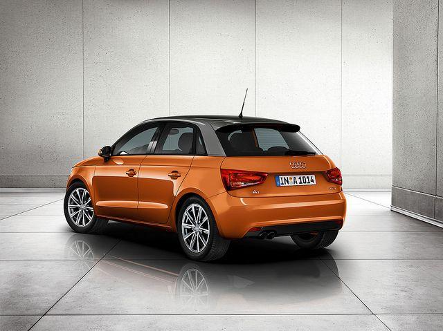 Audi A1 Sportback Samosa Orange 車
