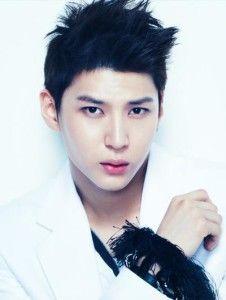 VIXX Member Profile - Leo Jung Taek Woon
