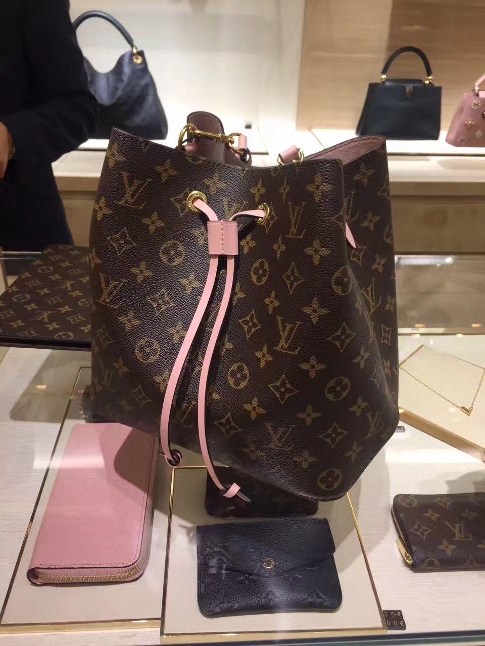 1219e9e60542 Louis Vuitton Neonoe Shoulder Bag M44022 Rose