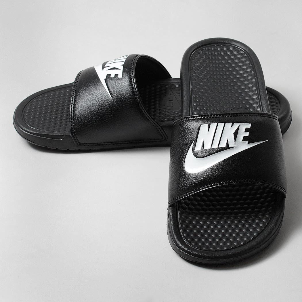 Nike Benassi Jdi Glisse Robes En Noir Et Blanc Livraison gratuite abordable fwihb
