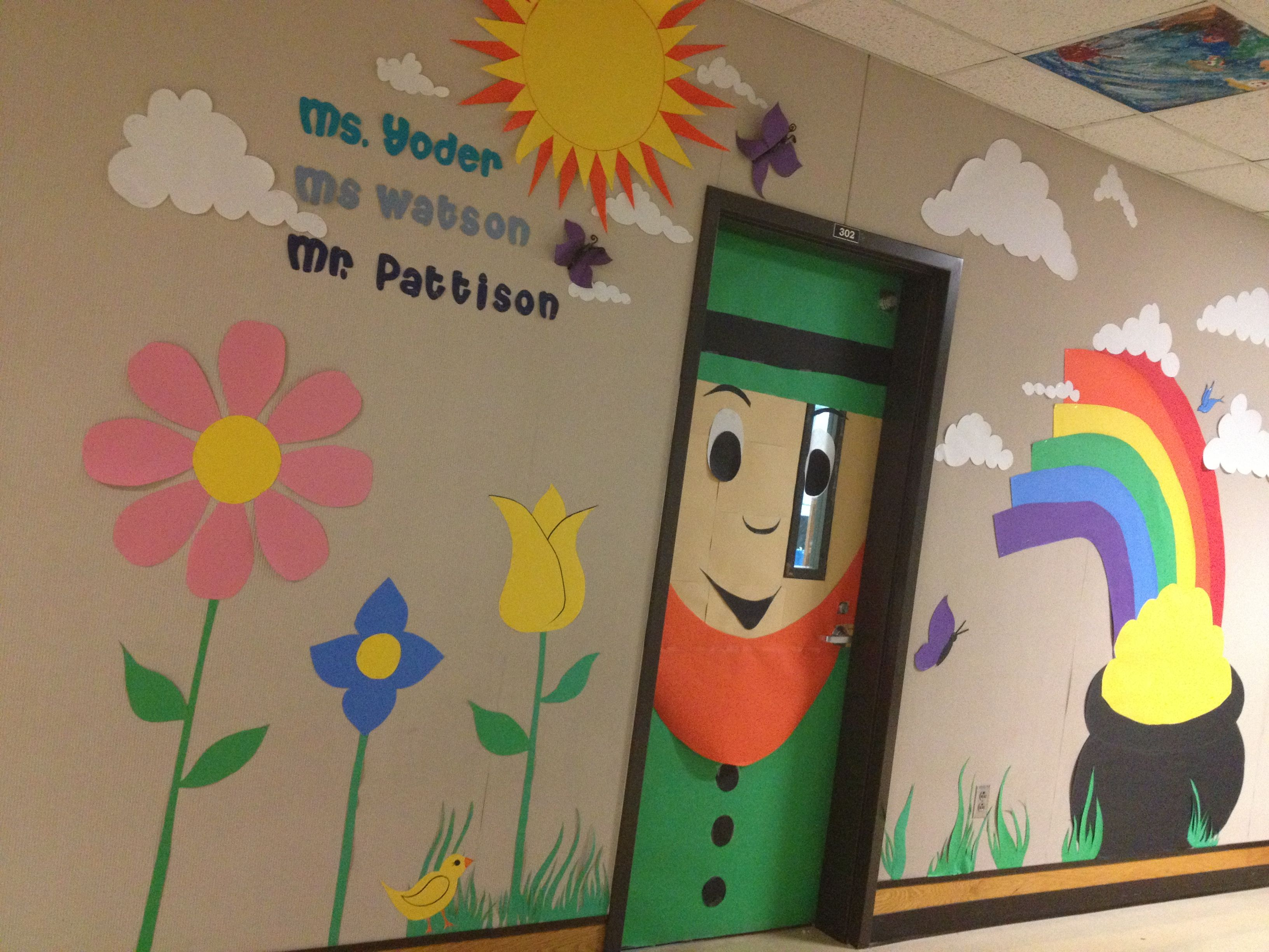 St. Patrick's day classroom door by Annie Buechlein ...
