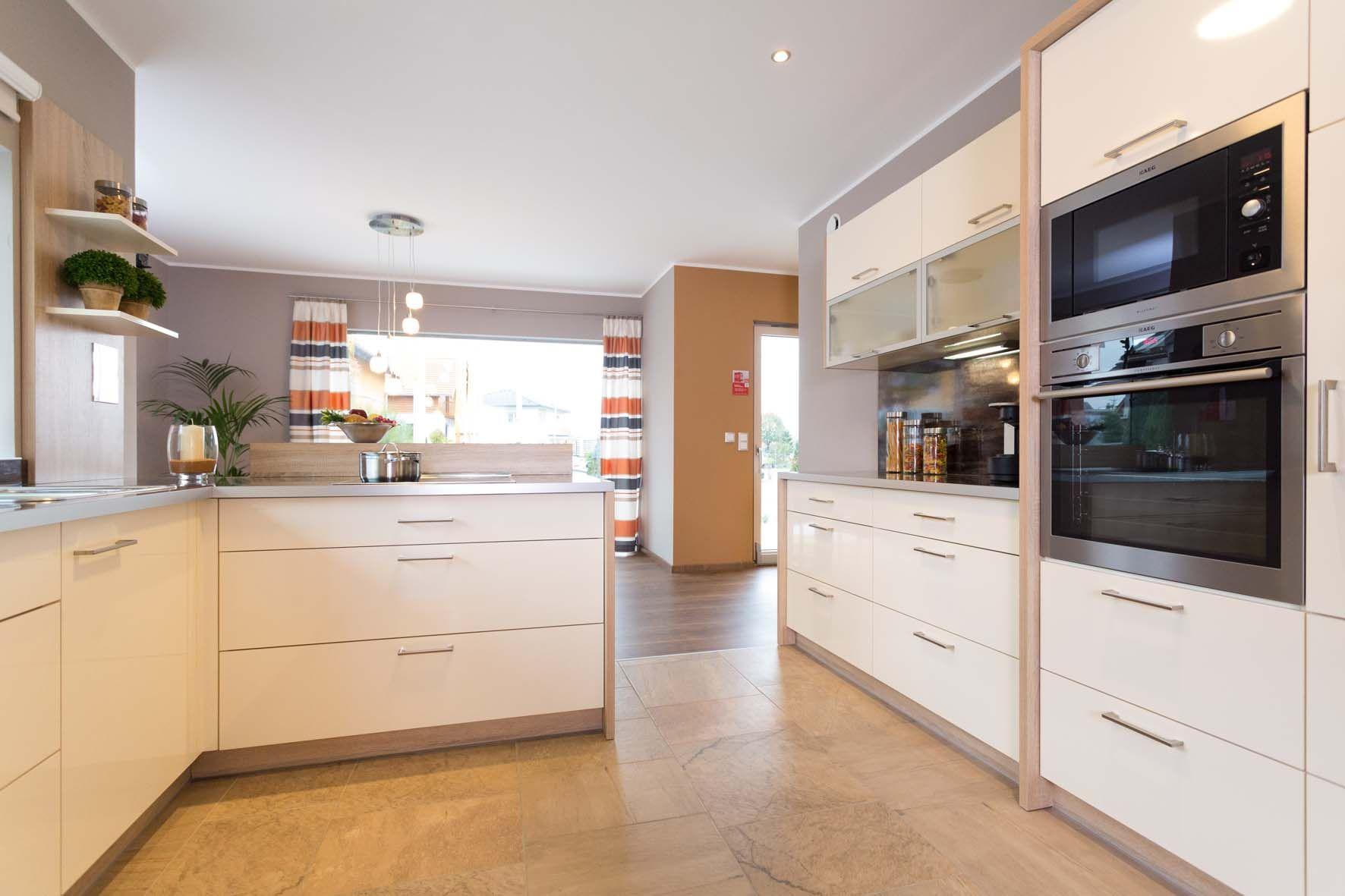 """Die Küche im Musterhaus """"Style 163 W"""" von HARTL HAUS"""