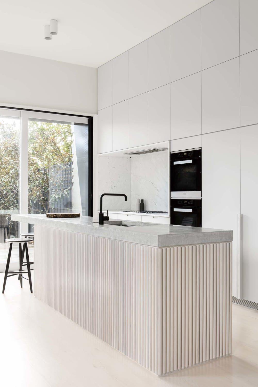 minimalist kitchens that strike the perfect warm balance modern kitchen design minimalist on kitchen ideas minimalist id=12833