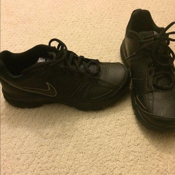 Nike All Black Non Slip Sneakers Non Slip Sneakers Good For