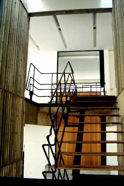 www.building-bloc.com TITLE :  SHOWROOM ; CONCRETE    LOCATION :  BANGSAR, KUALA LUMPUR    STATUS :  COMPLETED 2007