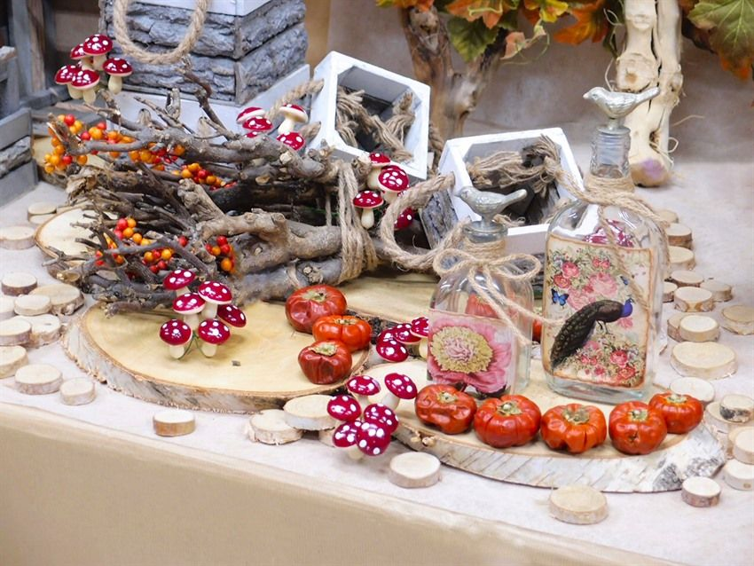 Dischi di legno a fette e rami secchi per la tua vetrina clicca e scopri le mille idee proposte - Rami secchi per decorazioni ...
