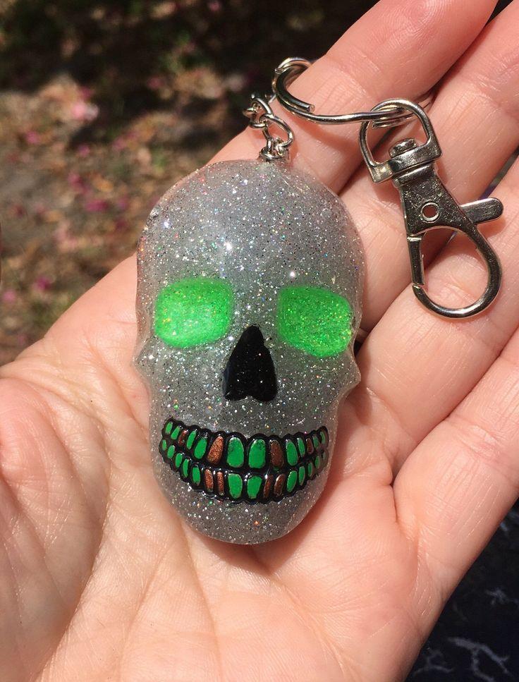 Skull keychain Handmade sparkling green  holographic glitter resin charm Sparkly zipper p Skull keychain Handmade sparkling green  holographic glitter resin charm Sparkly...