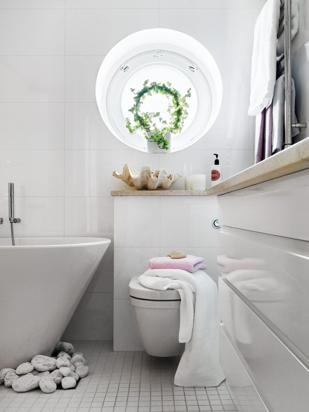 Bathroom Decor For Small Bathrooms Ideas Pinterest - Nautica bathroom decor for small bathroom ideas