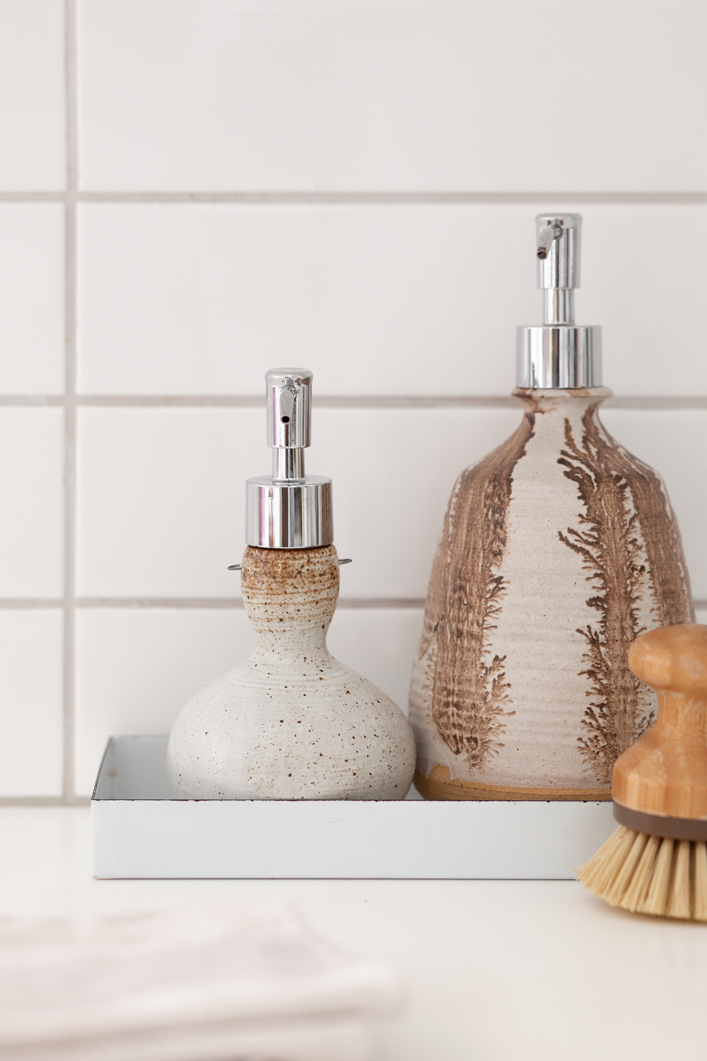How To Make A Soap Dispenser From A Vase A Beautiful Mess Soap Dispenser Diy Soap Dispenser Kitchen Soap Dispenser