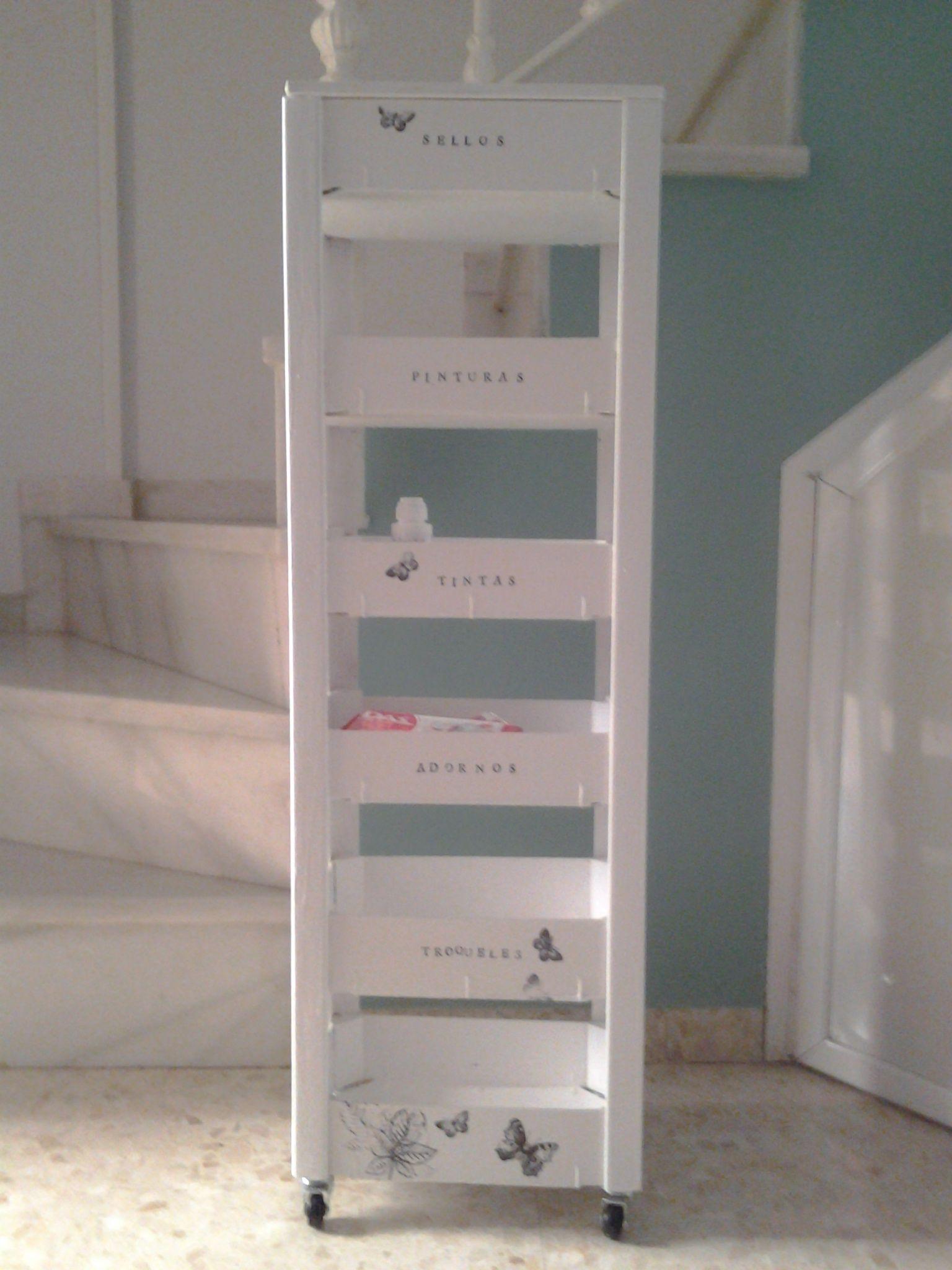 Estanter a con cajas de fresa manualidades pinterest - Cajas para estanterias ...