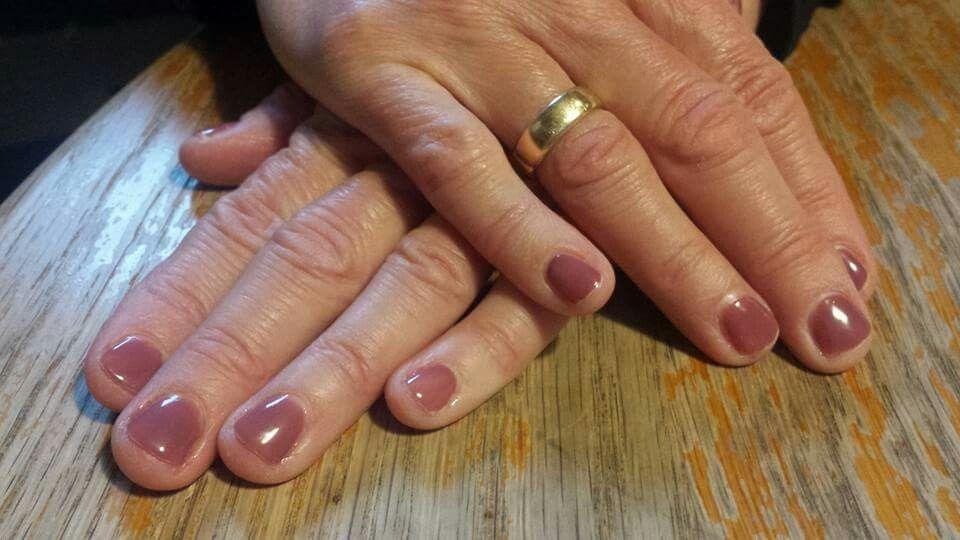 Nice Colour Older Lady Nail Polish Womens Nails Nail Polish My Nails