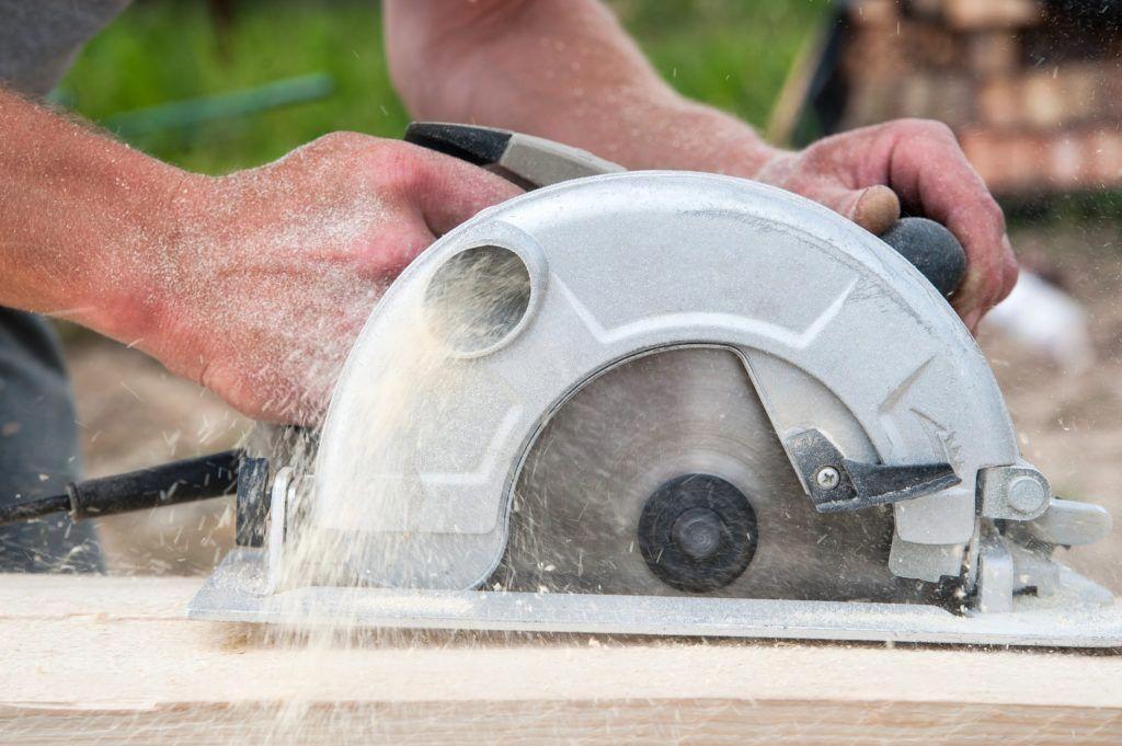 essential workshop tools #WoodworkingPlansBed