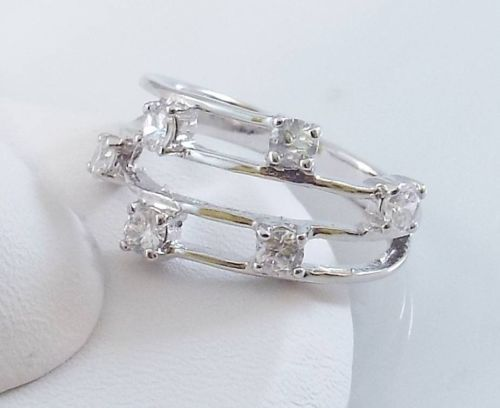 Ladies Clear CZ 18K White Gold Overlay Ring~Size 8-Free Gift Box