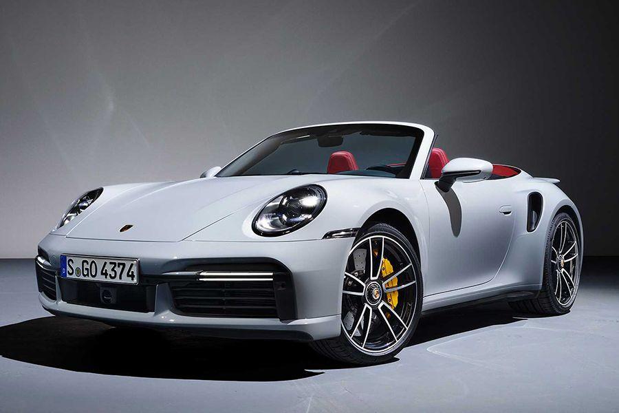 Brand-New Porsche 911 Turbo S Gets Lightweight Version | Man of Many