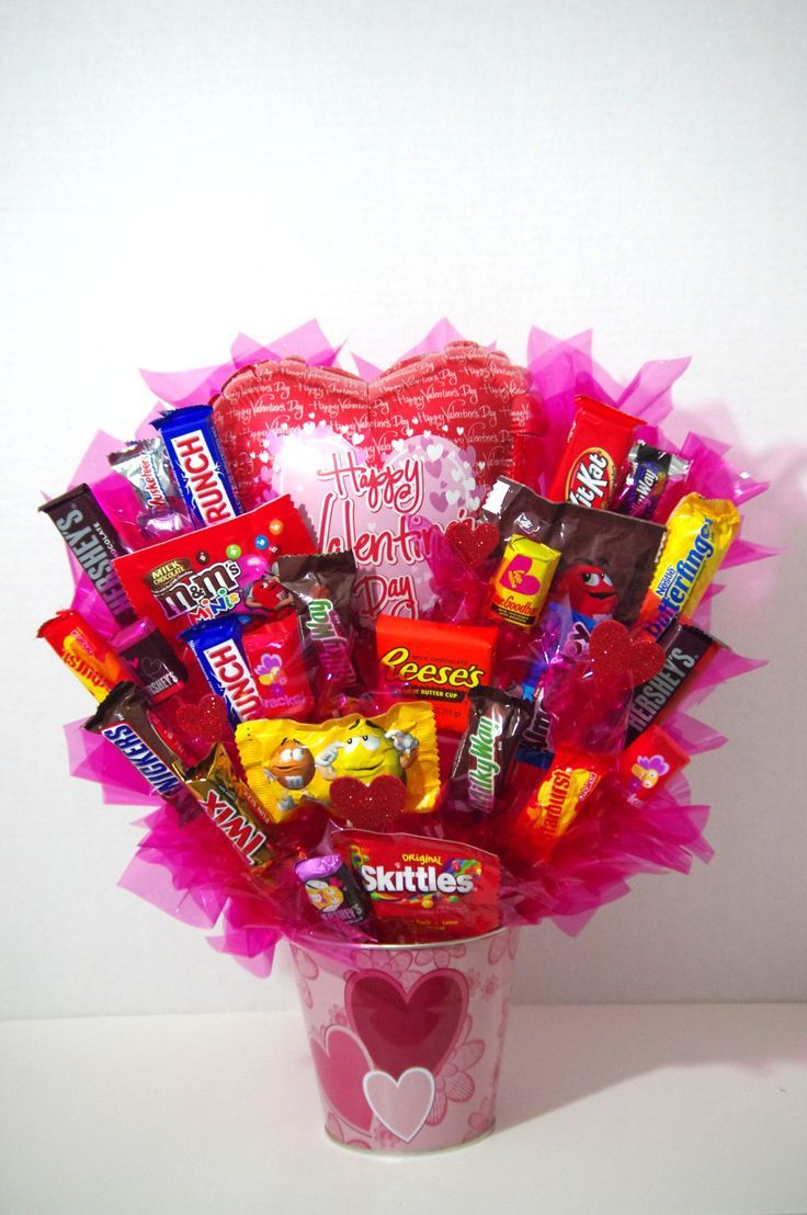 Valentines day happy valentines day girlfriends boyfriends make this valentines day bouquet of candy for a sweet gift for your boyfriend or girlfriend solutioingenieria Image collections