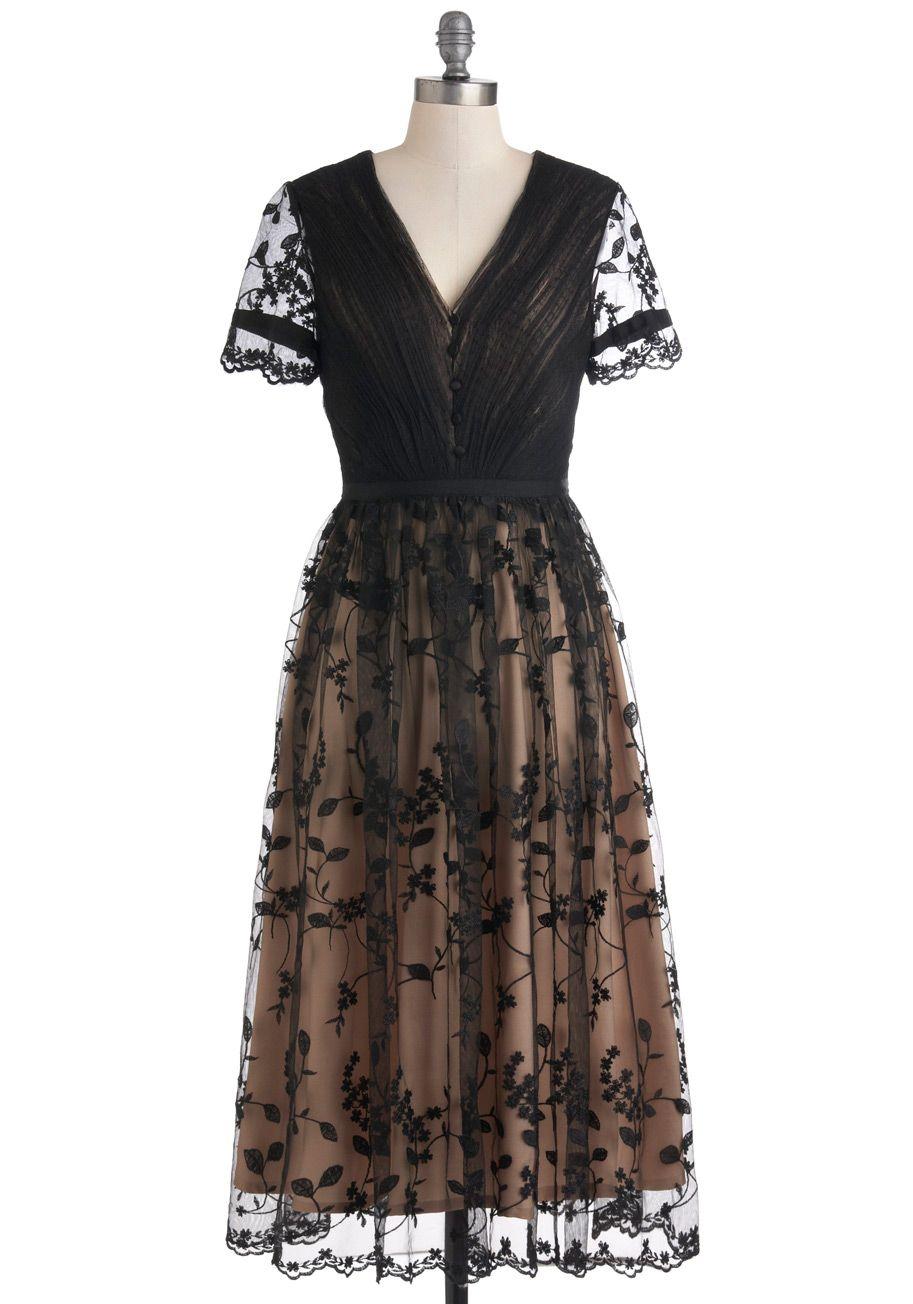 The dress garden - Gathered In The Garden Dress Tan Cream Lace Formal Film Noir