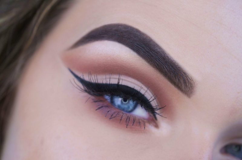 makeup-tips-for-teenage-girls-eyeliner-anime-goth-girl-nude