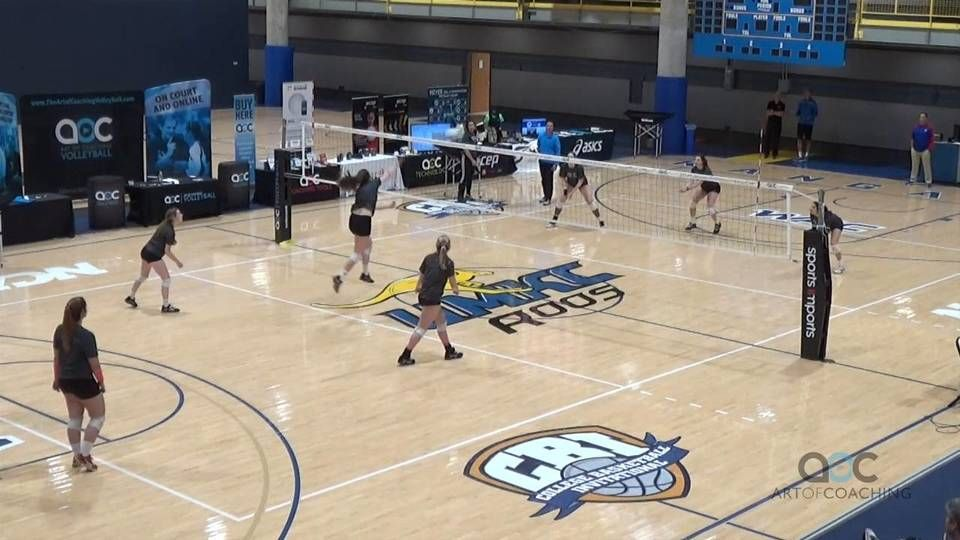 Digging To Score And Train A Competitive Mindset Coaching Volleyball Volleyball Drills Volleyball Clubs