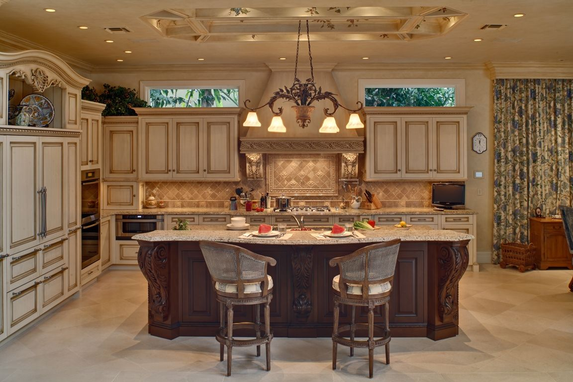 20 x 15 x 10 high l shaped kitchen cabinetry with glaze and antiquing mahogany island has on a kitchen design id=65983